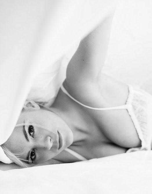 Sienna-miller-shot-by-craig-mcdean2